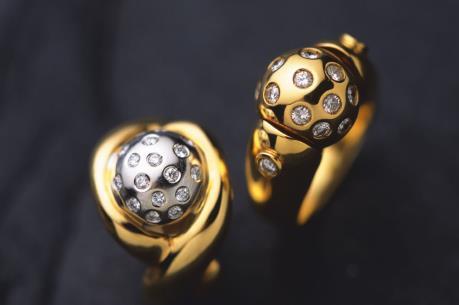 Chệnh lệch giữa giá vàng trong nước và thế giới lên gần 3 triệu đồng/lượng