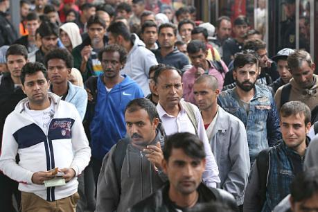 Mỹ:  Sẽ nhận thêm người nhập cư dù đã vượt hạn mức