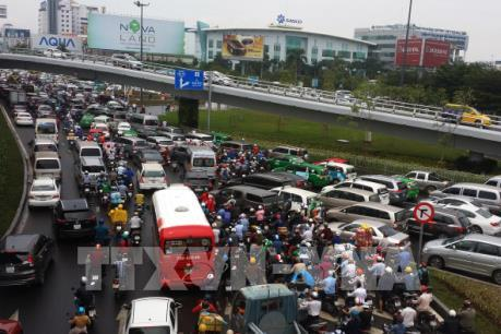 Tp. Hồ Chí Minh: Sẽ chuyển xe tải nhỏ hoạt động vào ban đêm để giảm kẹt xe