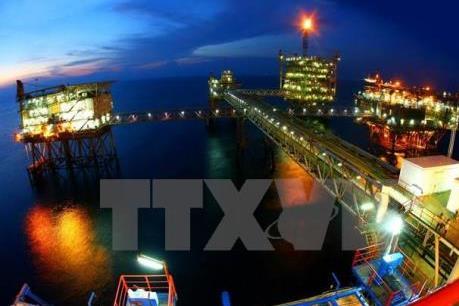 Việt Nam đã thu về hàng trăm tỷ USD từ xuất bán dầu thô