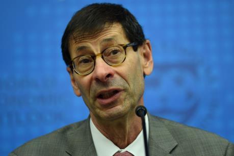IMF: Kinh tế thế giới phục hồi vững chắc hơn
