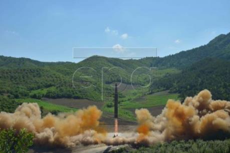 Triều Tiên phóng thử tên lửa ICBM: Mỹ, Hàn Quốc cân nhắc phản ứng quân sự