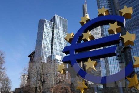 """Kinh tế Eurozone: 'Nóng"""" tăng trưởng, """"nguội"""" lạm phát"""