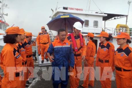 Việt Nam bàn giao công dân Malaysia bị nạn trên biển
