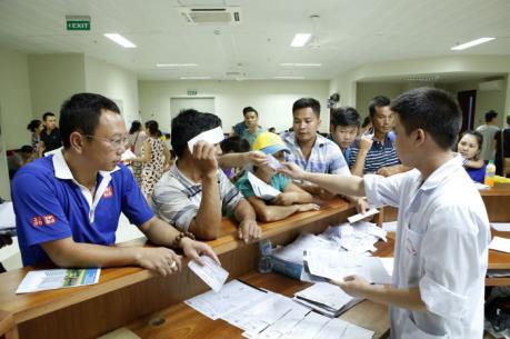 Tp Hồ Chí Minh: Chính thức tăng giá dịch vụ y tế với người không có thẻ Bảo hiểm y tế