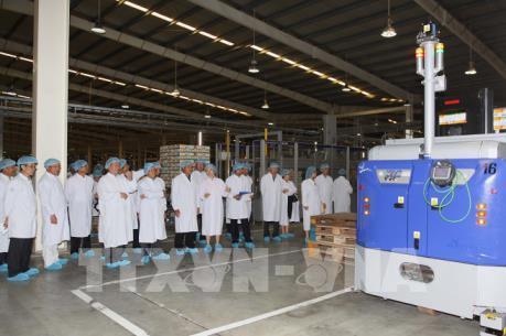 Cơ hội để Vinamilk mở rộng đầu tư và xuất khẩu vào Lào
