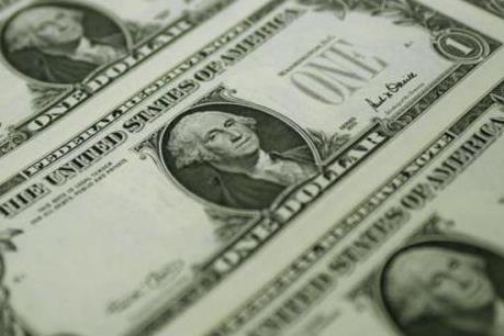 Chính sách tín dụng có xu hướng thắt chặt vì nợ quốc gia tăng