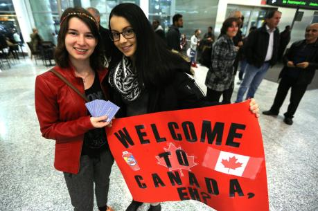 Canada tiếp nhận 700 người tị nạn chạy khỏi Mỹ