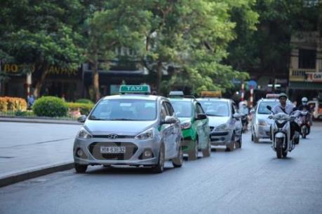 Hà Nội cấm taxi hoạt động trên nhiều tuyến đường để giảm ùn tắc