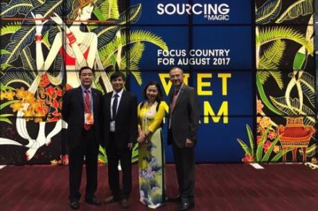 Doanh nghiệp dệt may Việt Nam tìm cơ hội hợp tác tại Hoa Kỳ