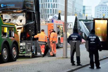 Châu Âu tìm giải pháp phòng ngừa hình thức tấn công đâm xe vào đám đông