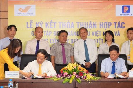 Petrolimex và VnPost ký kết thỏa thuận hợp tác toàn diện