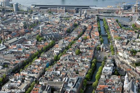 Hà Lan phong tỏa trung tâm thành phố Amsterdam