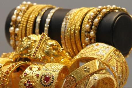 Giá vàng châu Á tăng lên mức cao nhất trong hơn một tuần