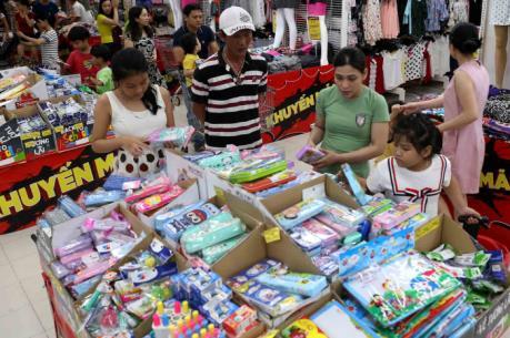 Tổng mức bán lẻ hàng hóa và doanh thu dịch vụ dự kiến tăng 10%