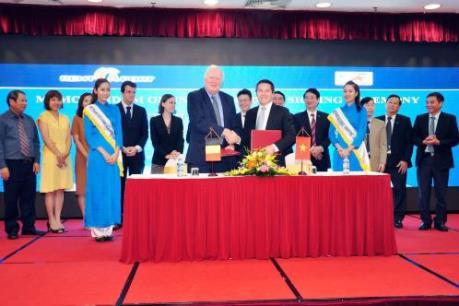 Vinalines ký hợp tác bến cảng và logistics với doanh nghiệp Bỉ