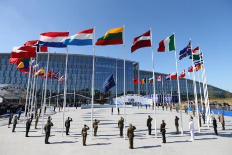 NATO kêu gọi gây sức ép với Triều Tiên