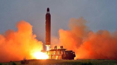 """Hàn Quốc quyết ngăn chặn Triều Tiên phát triển ICBM """"bằng mọi giá"""""""