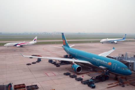 Vietnam Airlines điều chỉnh một số chuyến bay do bão số 11
