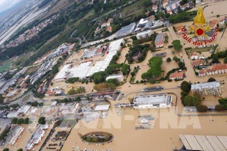 Italy: Ít nhất có 6 người thiệt mạng và 3 người mất tích do giông lốc