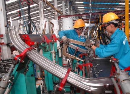 Giải pháp nào để dỡ bỏ rào cản cho kinh tế tư nhân phát triển?