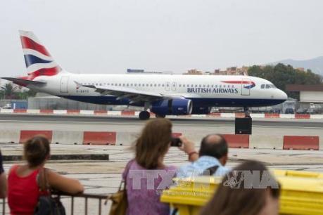 """British Airways sơ tán hành khách khẩn cấp khỏi máy bay """"vì lý do an ninh"""""""