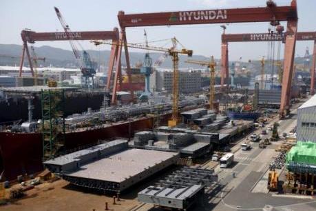 """Ngành đóng tàu ở Hàn Quốc đang đối mặt với """"sóng lớn"""""""