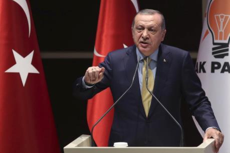 """Mỹ """"đóng băng"""" thương vụ bán vũ khí cho đơn vị bảo vệ tổng thống Thổ Nhĩ Kỳ"""
