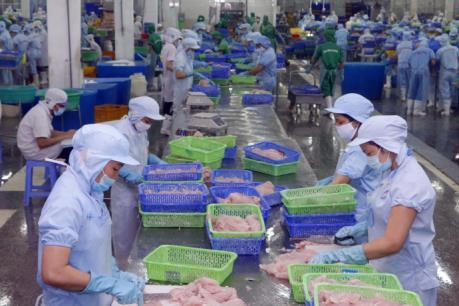 Xuất khẩu diễn biến ra sao khi Mỹ áp thuế chống bán phá giá cá tra Việt Nam?