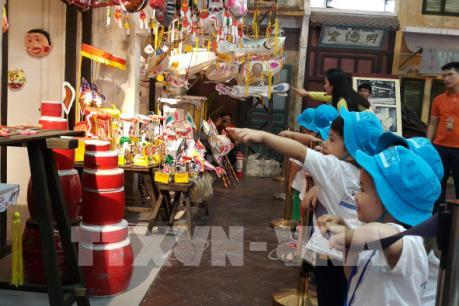 Sôi động các chương trình Trung thu truyền thống tại Hà Nội
