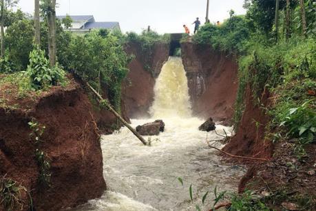 Nguy cơ vỡ đê hồ Gia Hoét I ở Bà Rịa-Vũng Tàu