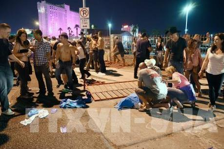 Vụ xả súng tại Las Vegas: Cảnh sát phát hiện kho vũ khí tại nhà nghi can