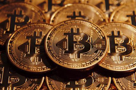 Goldman Sachs cân nhắc giao dịch tiền ảo bitcoin