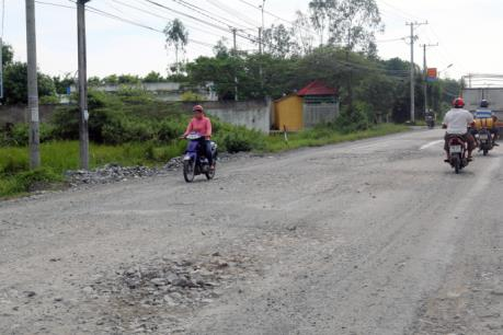 Vì sao quốc lộ 61 đoạn Cái Tư - Gò Quao càng sửa … càng khó đi?