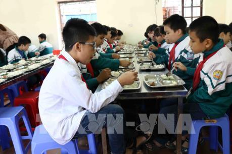 Làm sao để kiểm soát nguồn thực phẩm cho bữa ăn của học sinh vùng dịch tả lợn?