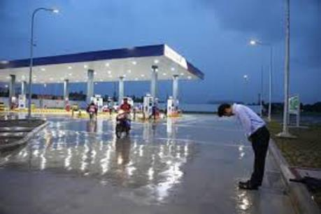Công an TP Hà Nội lên tiếng về thông tin đề xuất cấm công chức đổ xăng tại trạm xăng Nhật