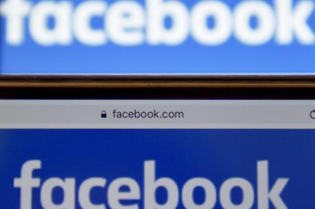 """Facebook """"thắng lớn"""" nhờ mảng quảng cáo trực tuyến"""