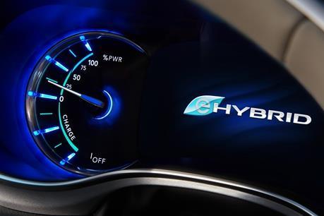 Lượng khí thải của các loại ô tô hybrid cao gấp nhiều lần quảng cáo