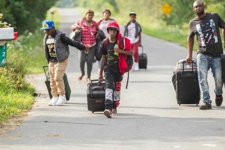 Phần lớn người dân Canada phản đối tiếp nhận thêm người nhập cư