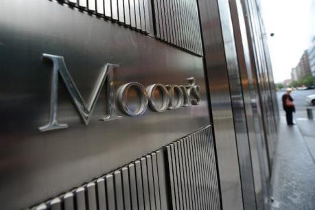 """Moody's nâng đánh giá triển vọng của hệ thống ngân hàng Việt Nam lên """"tích cực"""""""