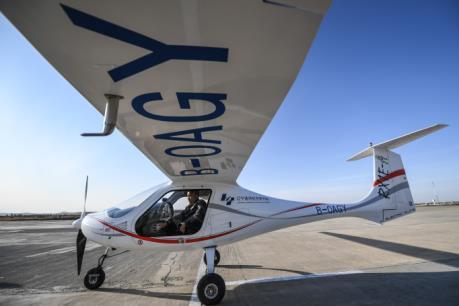 Trung Quốc: Thử nghiệm thành công máy bay chạy điện  đầu tiên