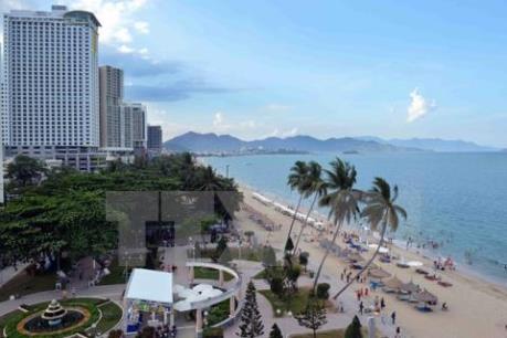 Thực hư tin hệ thống loa truyền thanh tại bờ biển Nha Trang chỉ phát tiếng Trung Quốc
