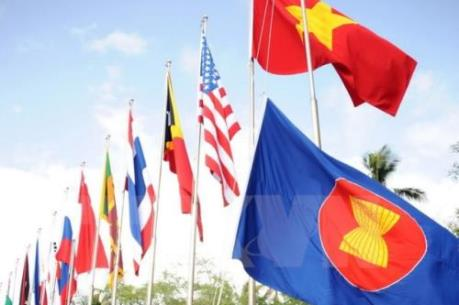Khôi phục niềm tin vào toàn cầu hóa, thúc đẩy hội nhập kinh tế ASEAN