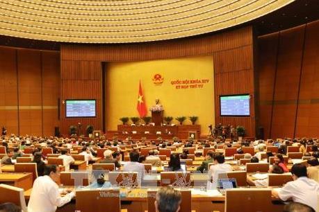 Kỳ họp thứ 4, Quốc hội khóa XIV: Thông qua Nghị quyết về phân bổ ngân sách trung ương
