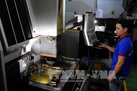 Đầu tư hơn 800 tỷ đồng vào cơ khí chính xác hỗ trợ công nghệ cao
