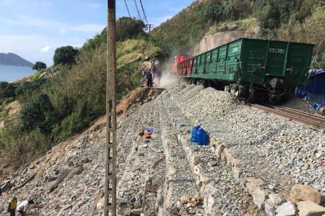Thông tuyến đường sắt Bắc – Nam đoạn qua Đèo Cả