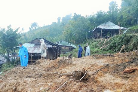 Quảng Nam: Di dời các hộ dân vùng sạt lở ở Nam Trà My