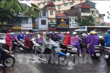 Dự báo thời tiết ngày 15/11: Miền Trung và Đồng bằng Bắc Bộ đều có mưa