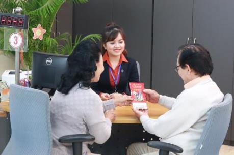 Sacombank tung ưu đãi hấp dẫn cho khách gửi tiết kiệm