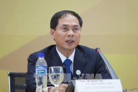 Thứ trưởng Bùi Thanh Sơn thông báo kết quả Tuần lễ Cấp cao APEC 2017